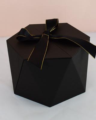 BOX111 BLACK